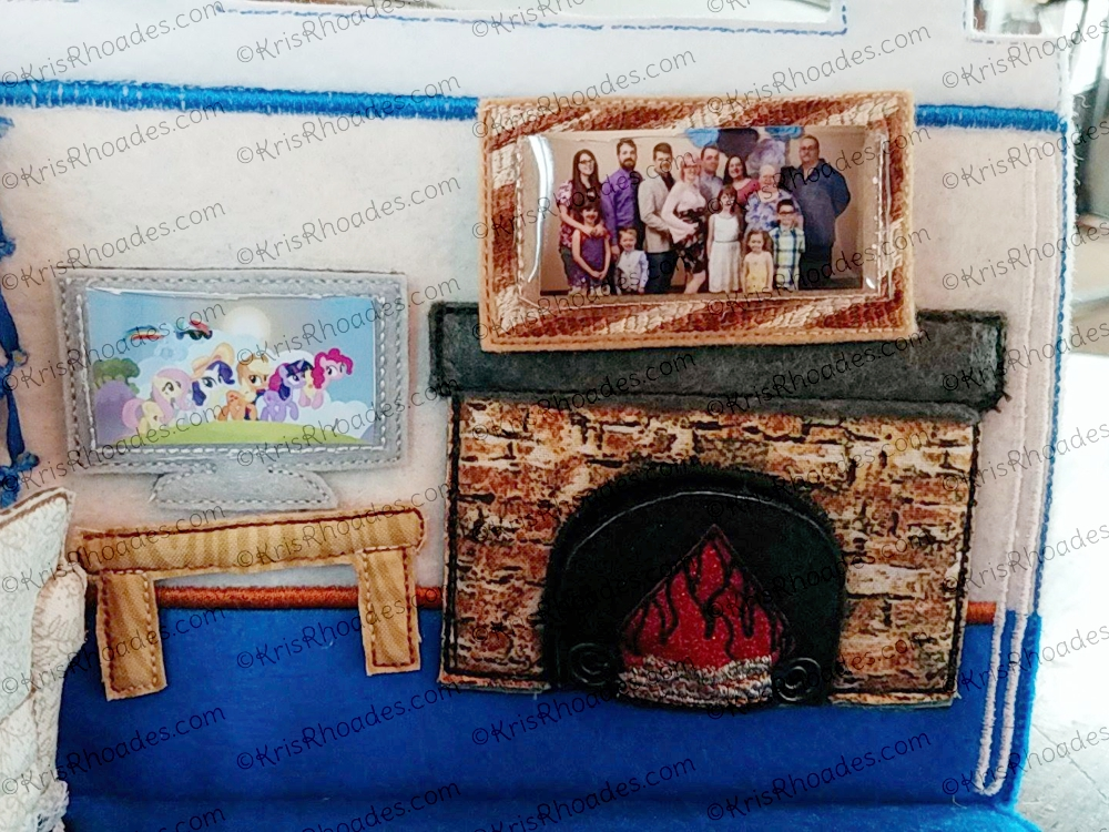 Quiet book dollhouse 5x7 living room embroidery design for 5x7 room design